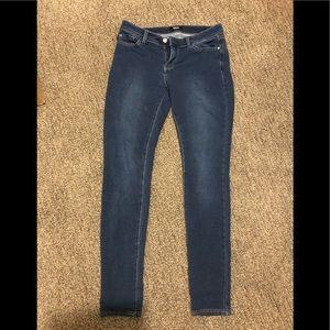 Denim - ⭐️3/$10 Kensie stretch jeans